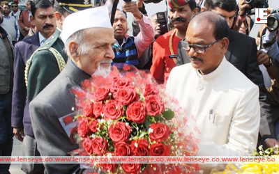Jharkhand Governor Syed Ahmed welcomed by Assembly speaker Dinesh Oraon