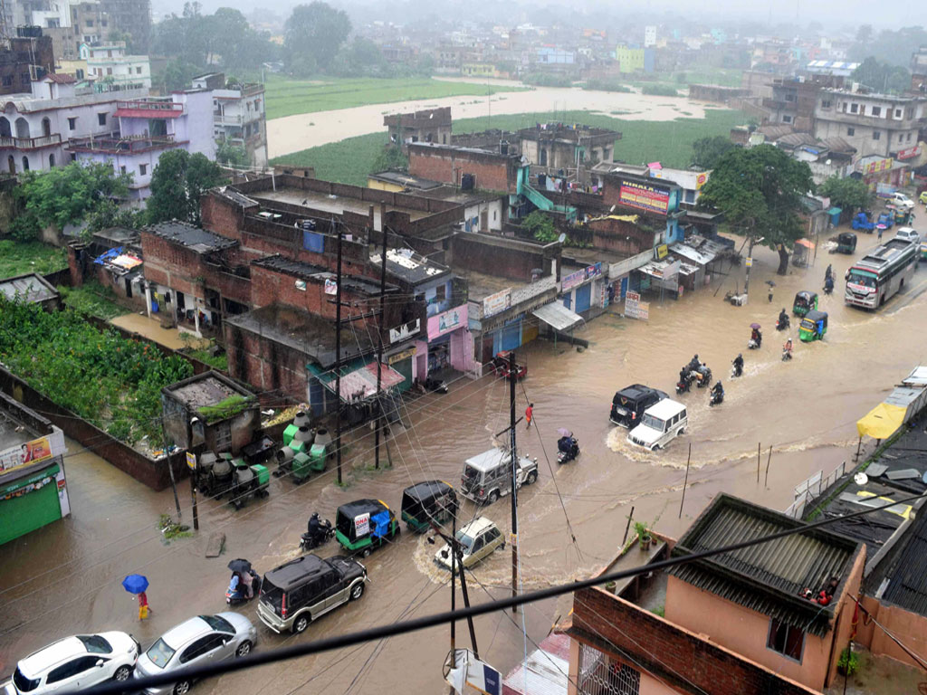 Heavy downpour affected Normal life in Ranchi