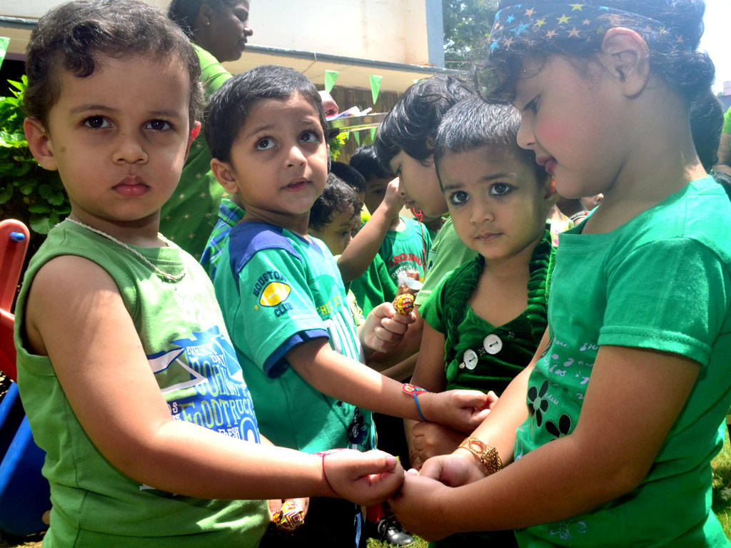 Pragya's gurukul observed Green day cum Rakshabandhan celebrations