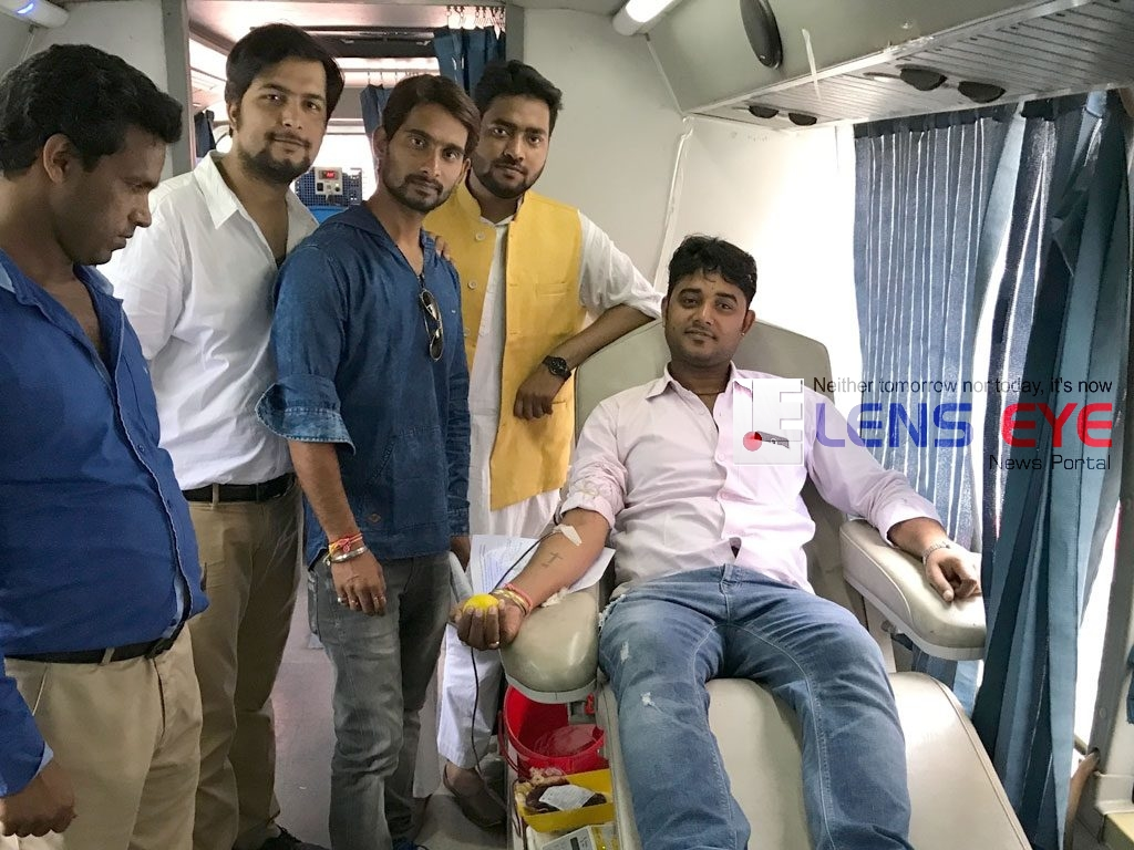 Independence Day celebrations :: Blood Donation Camp