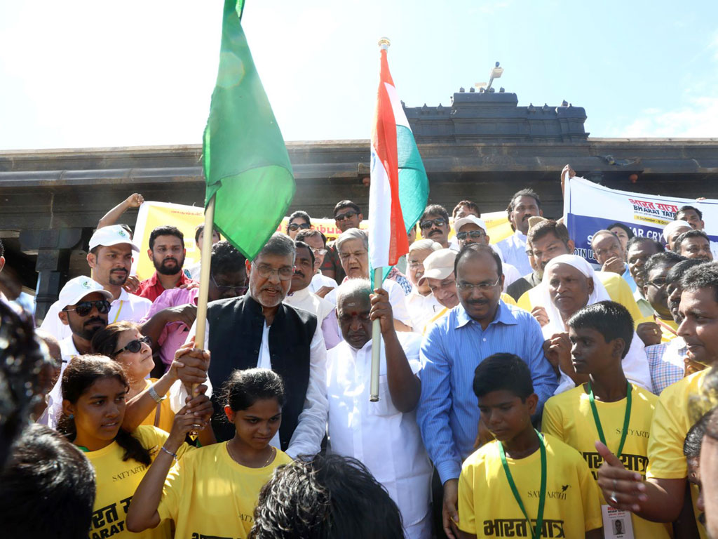 Kailash Satyarthi launches Bharat Yatra to end child trafficking and abuse