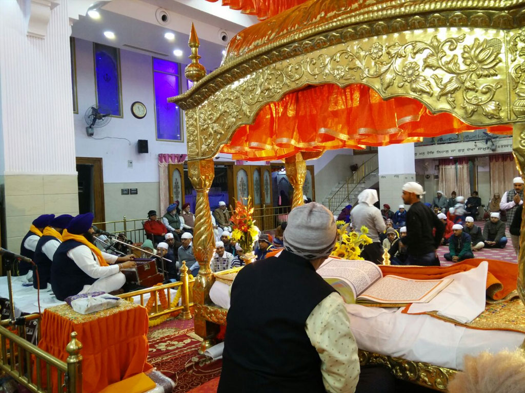 Colourful lighting of Gurudwaras on ocassion of prakash parv of shri Guru  Gobind Singh jee