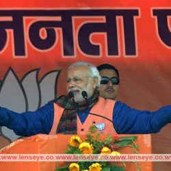 Please do not waste five more years by electing a wrong candidates : Prime Minister Narendra Modi
