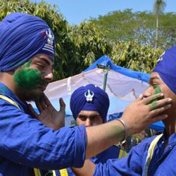 Hola Mohalla :: Full on celebration