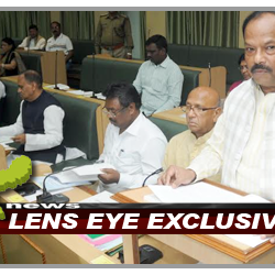 CM & FM of Jharkhand, Raghubar Das presented budget of the year 2016-17 in the Assembly