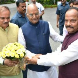 CM Jharkhand welcomed NDA Presidential candidate Ramnath Kobind and Union Minister Ananth Kumar.