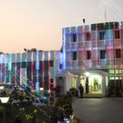 Jharkhand Assembly building decorated by colourful electric lighting on the eve of 17thFoundation Day celebration