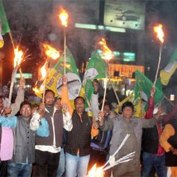 Eve of Jharkhand Bandh :: Torch light protest rally