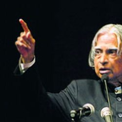 India loses 'Bharat Ratna' Abdul Kalam :: Social Media flooded with tributes to the late president