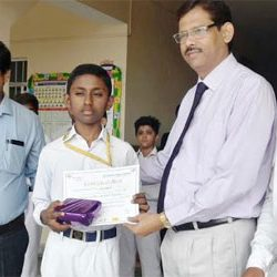 Swapnil of Oxford Bags 3rd Prize at State Level Essay Competition