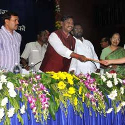CM Arjun Munda handing appointment letter to Teachers from Jharkhand Academic Council.