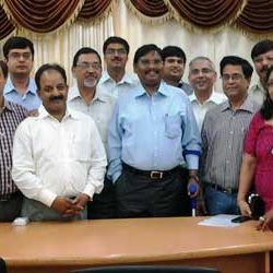 Federation of Jharkhand Chamber of Commerce & Industries's Delegation met CM Arjun Munda.