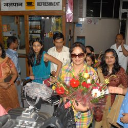 Warm welcome to Upasana Singh in Ranchi Airport