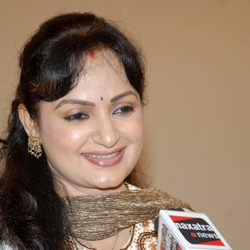 Daily Soaps are like Newspaper says Upasana singh
