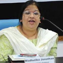 This is the most opportune time to strategically use social media for addressing the newly emerging sustainable development goals : Dr. Madhulika Jonathan [ Chief UNICEF, Jharkhand ]