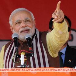 I am not sitting in Delhi as a Prime Minister. I am sitting there as a 'chowkidar' : Narendra Modi