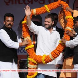 AICC Vice President Rahul Gandhi addresses an Election campaign rally at Sikaripara.