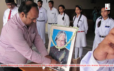 Floral Tribute to Dr. Kalam at Oxford