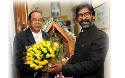Former Chief Minister, Hemant Soren wishes Marry Christmas to Cardinal Telesphor P.Toppo