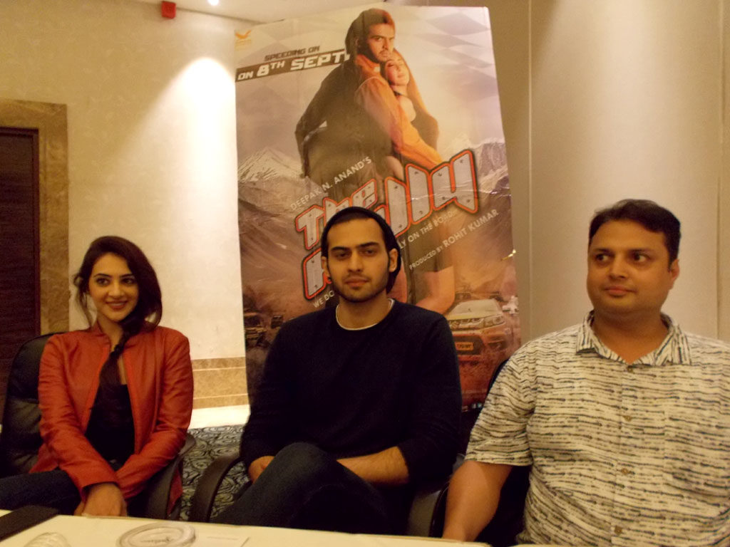 Artists reached Ranchi for the promotion of Bollywood movie 'The Rally'